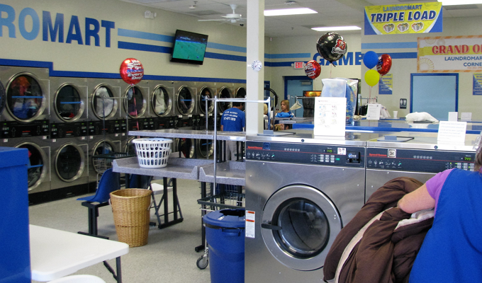 best coin laundry near kissimmee FL
